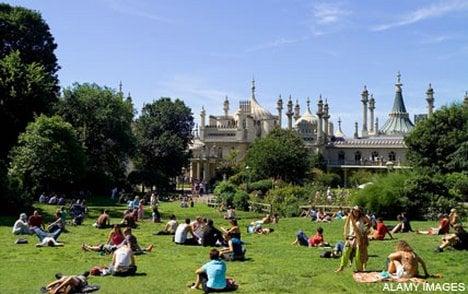 Royal Pavilion Garden In Brighton Is Being Restored