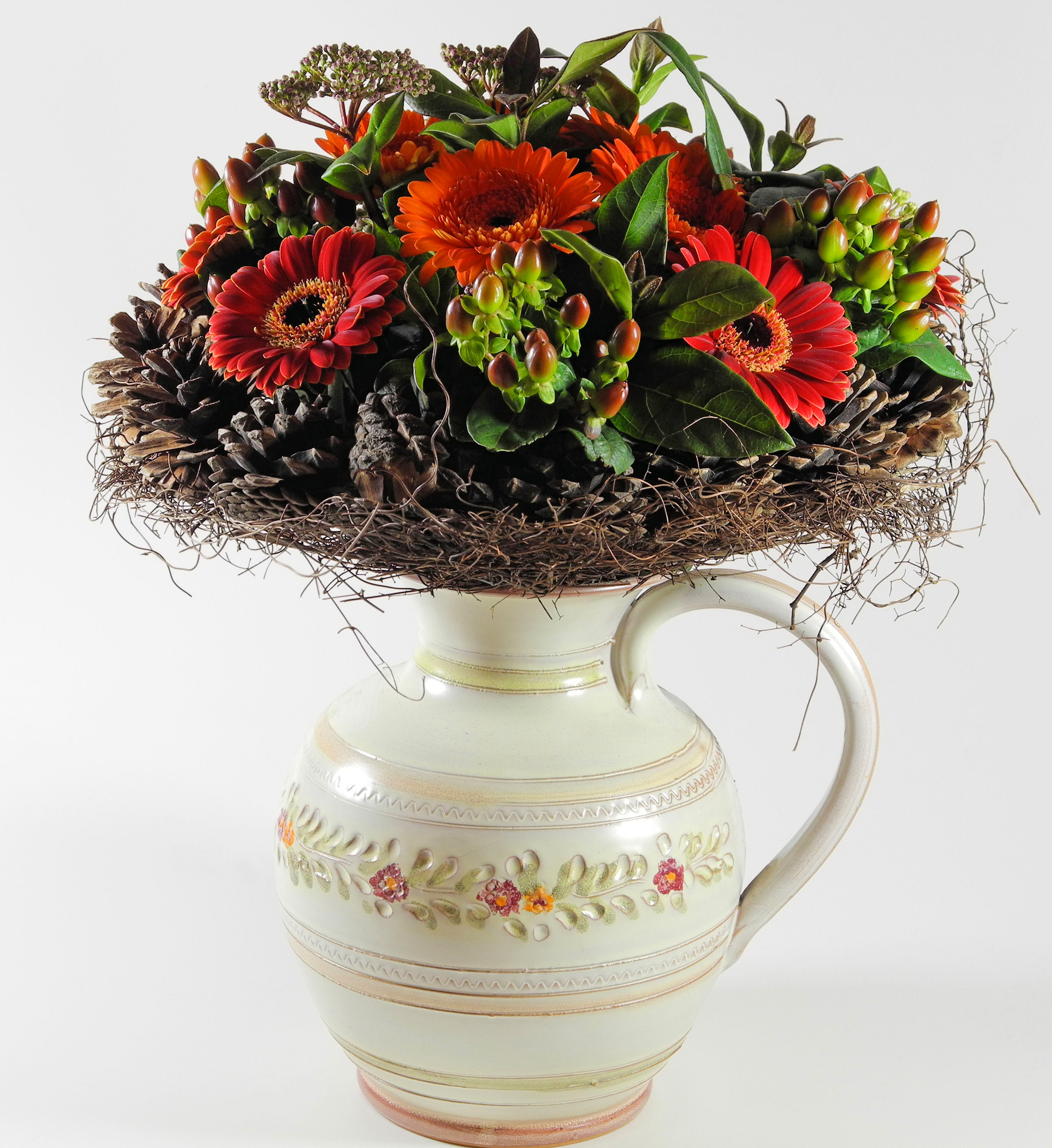 Flowers to suit different dcor flower pressflower press different types of bouquets to suit different styles izmirmasajfo