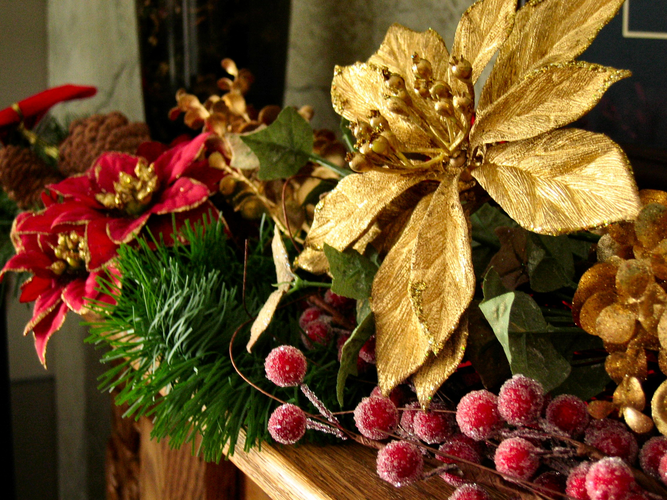 Festive flower arrangement ideas