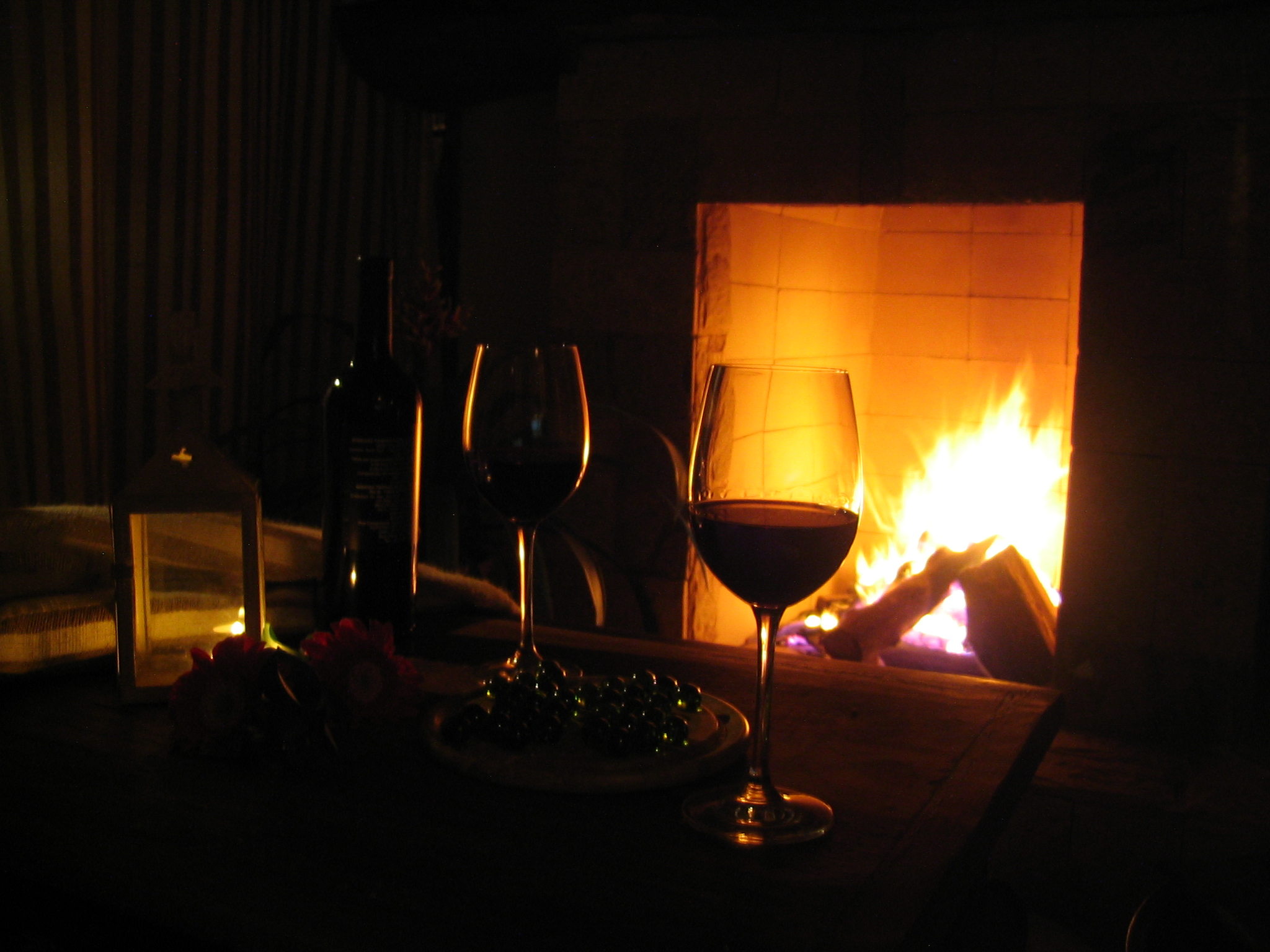 Romantic date ideas for poor weather