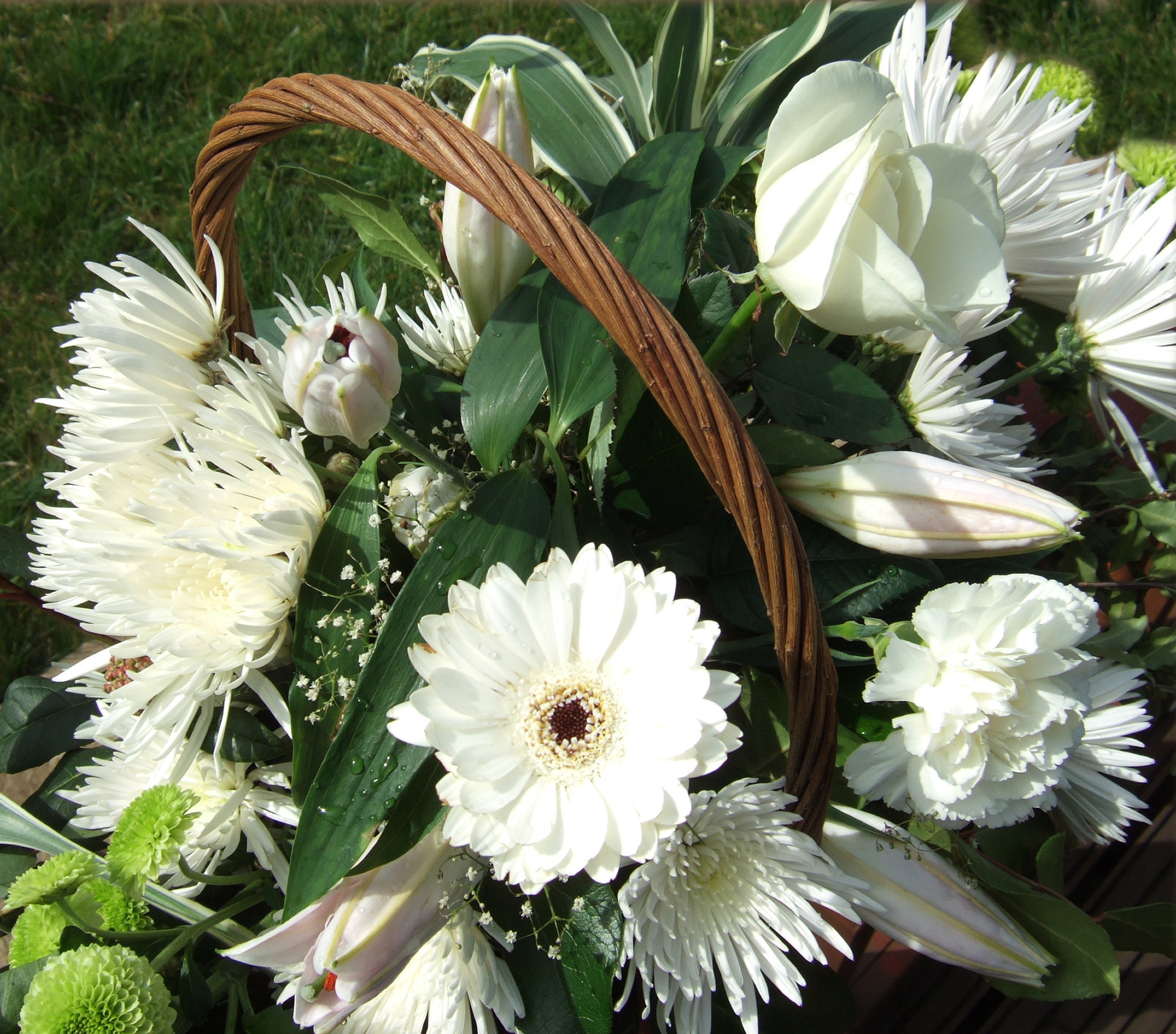 Send your sincerest condolences flower pressflower press sympathy flowers izmirmasajfo