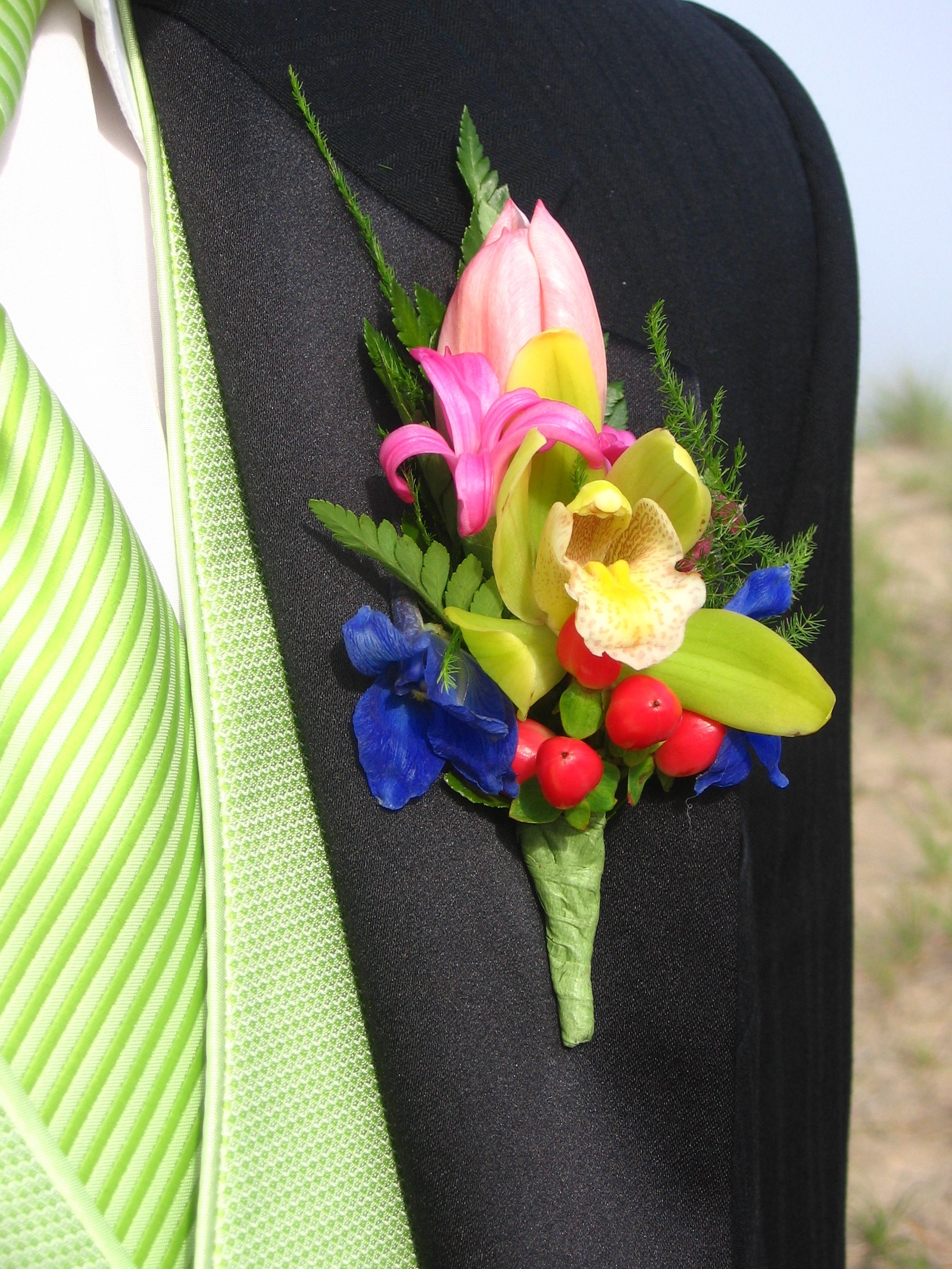 Ideas For Corsages And Boutonnieres Flower Press
