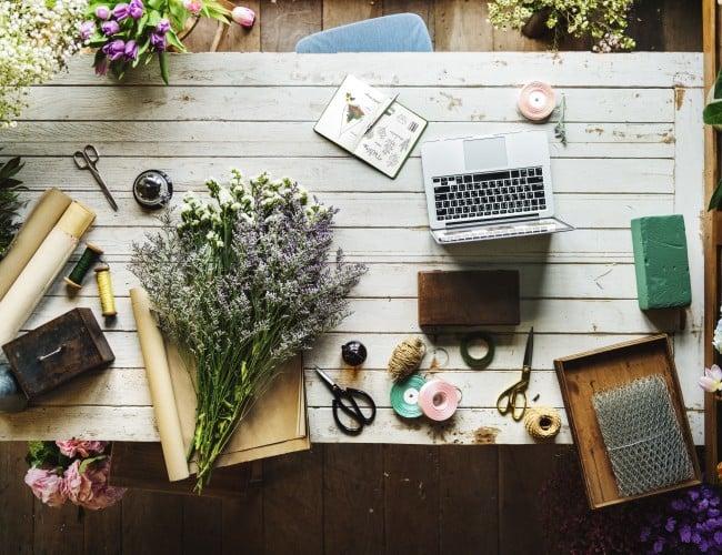 Tools for flower arranging